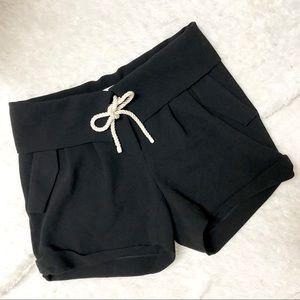 Le Fou Wilfred Aritzia Double Cloth Crepe Shorts
